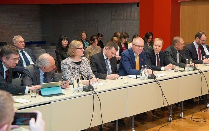 NATO PA poliitikakomitee  Tallinnas