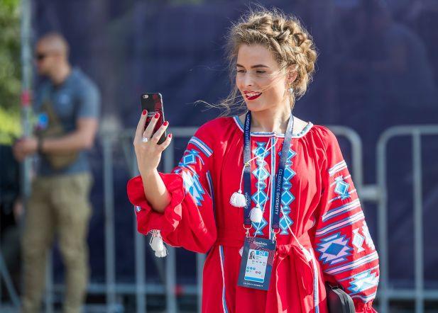 Eurovisioni lauluvõistlus. Ukrainas Kiievis toimuva Euroopa suurima musamöllu avatseremoonia punasele vaibal