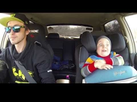 VIDEO | Naera puruks! Vaata, kuidas reageerib poiss, kes isaga koos driftib