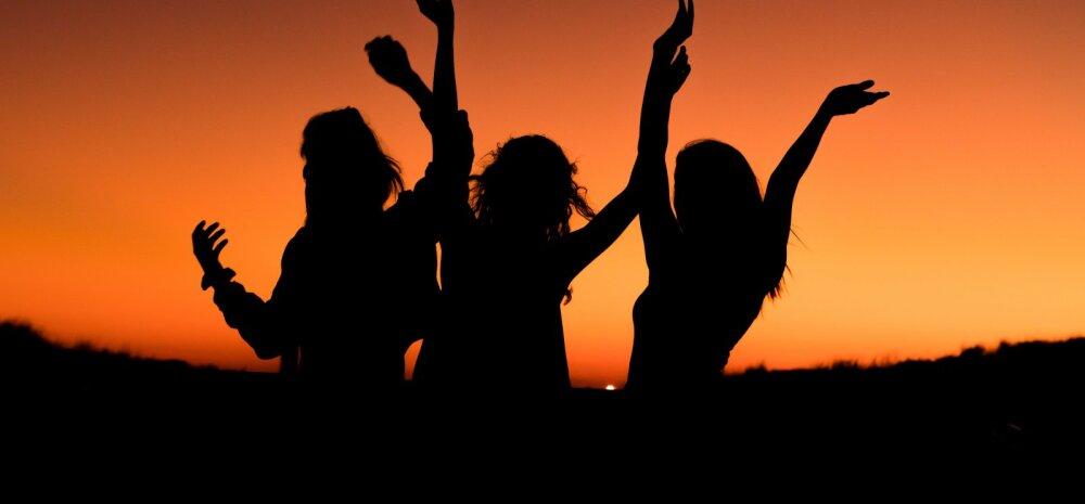 Naisteka suur suhtehoroskoop: kuidas JÄÄR JA SÕNN alanud aastal teiste tähemärkidega läbi saavad?