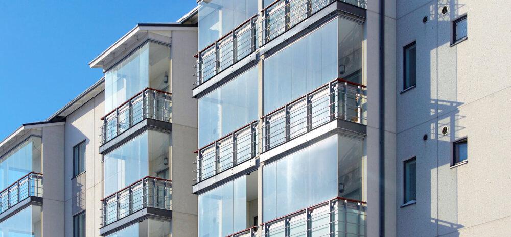 Домашний офис или игровая для малыша? 10 причин остеклить балкон