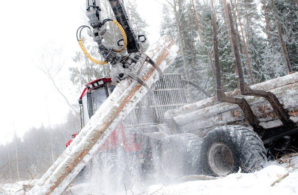 Nüüd külma saabudes on tööd rohkem kui tehnikat ja tegijaid.