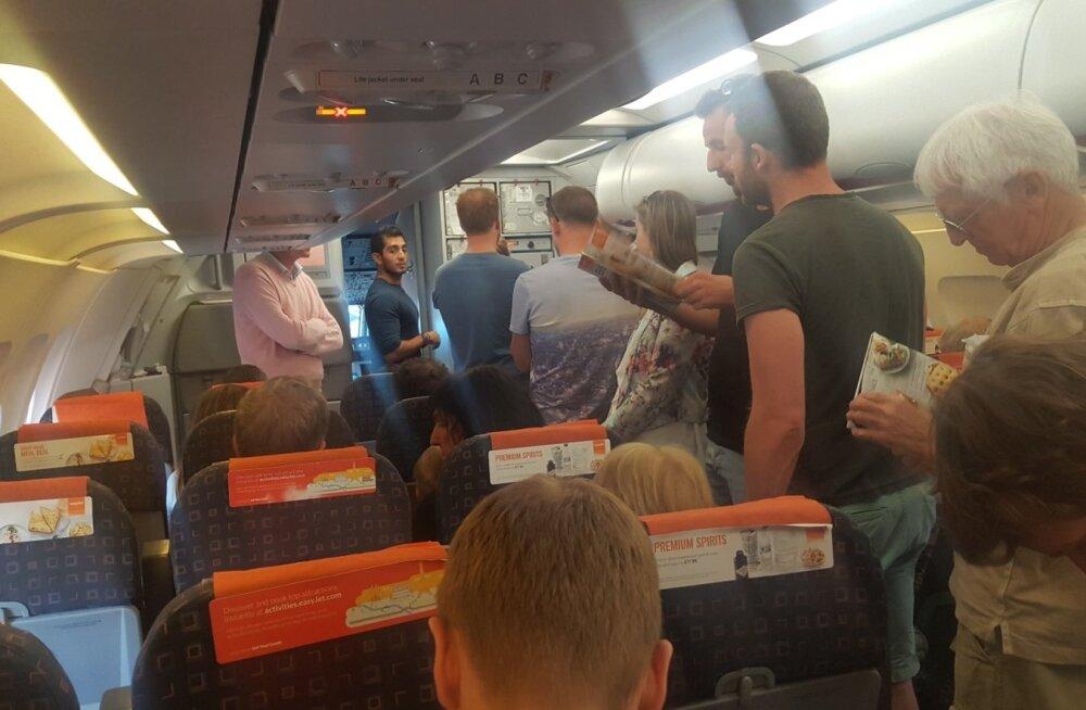 Foto Londoni lendu ootavatest inimestest