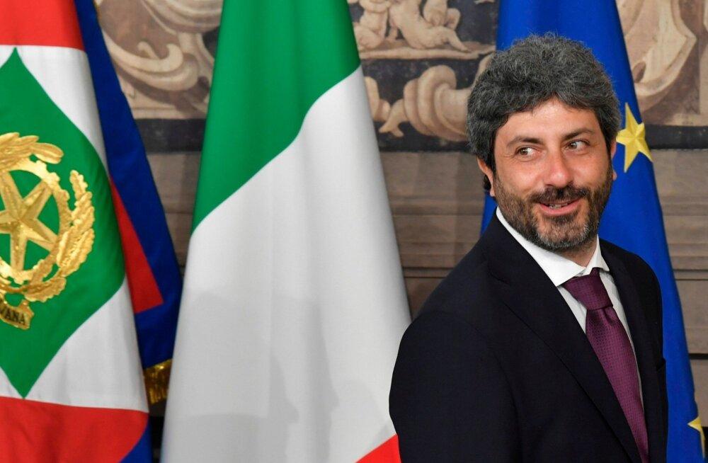 Kompromissvariandina peaministriks pakutud Giuseppe Contet ähvardab kahe parteiliidri varju jäämine.