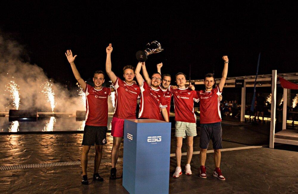 Arvutiga mängimine tasub ära: Eesti üks edukaim e-sportlane võitis tiimiga turniiril 100 000 eurot!