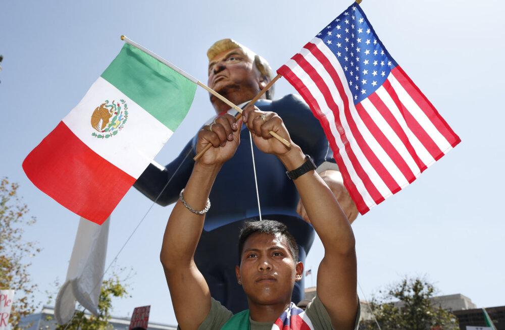 Hirm Donald Trumpi ees ajab sisserändajad USA kodakondsust taotlema
