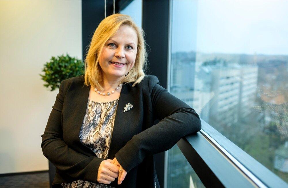 Luminor Pensionsi juhi Angelika Tageli sõnul pole aktsiate osakaalu vähendamisega kiirustatud, sest pensionile jäädakse hiljem.