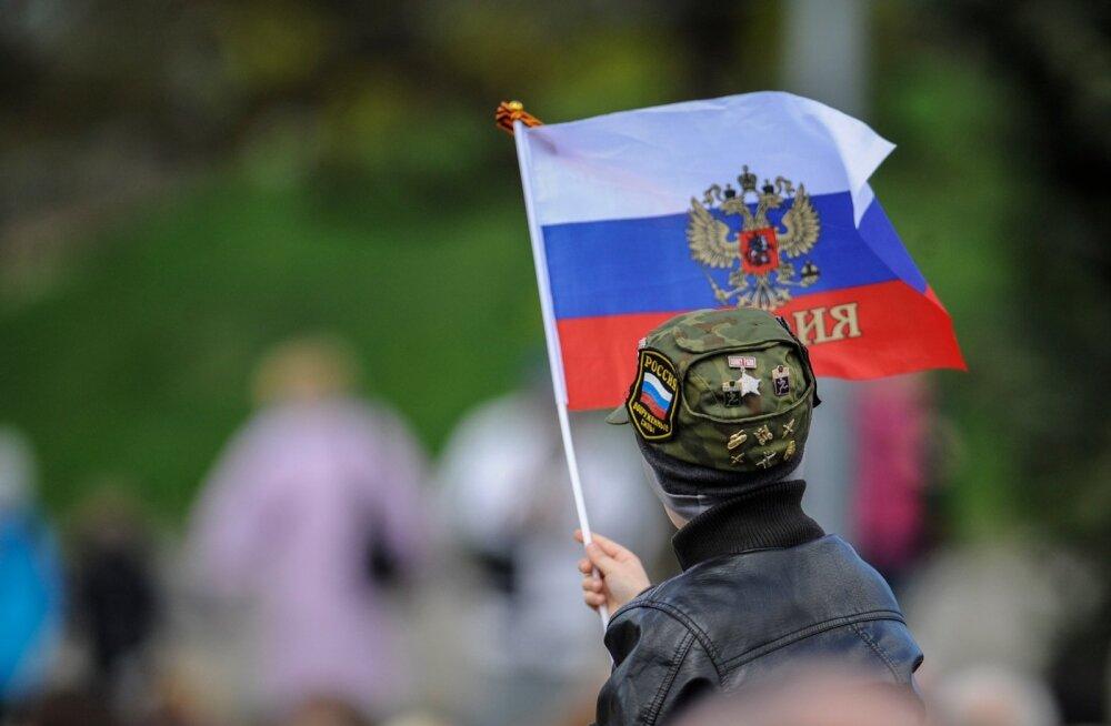Paljud siinsed vene keelt kõnelevad inimesed on endiselt seotud Venemaa inforuumiga ja NATO ja Euroopa Liit on nende jaoks pigem vaenlased kui sõbrad.