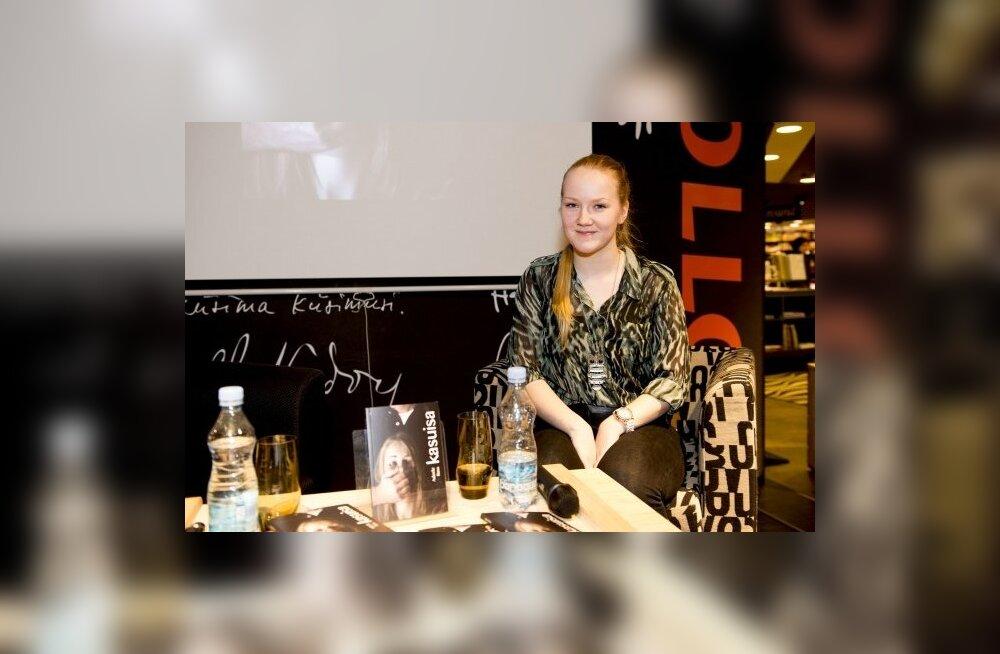 15aastane noorkirjanik Adeele Rass: see oli lihtsalt üks mõte, mis tekkis enne uinumist ja ma panin selle kirja