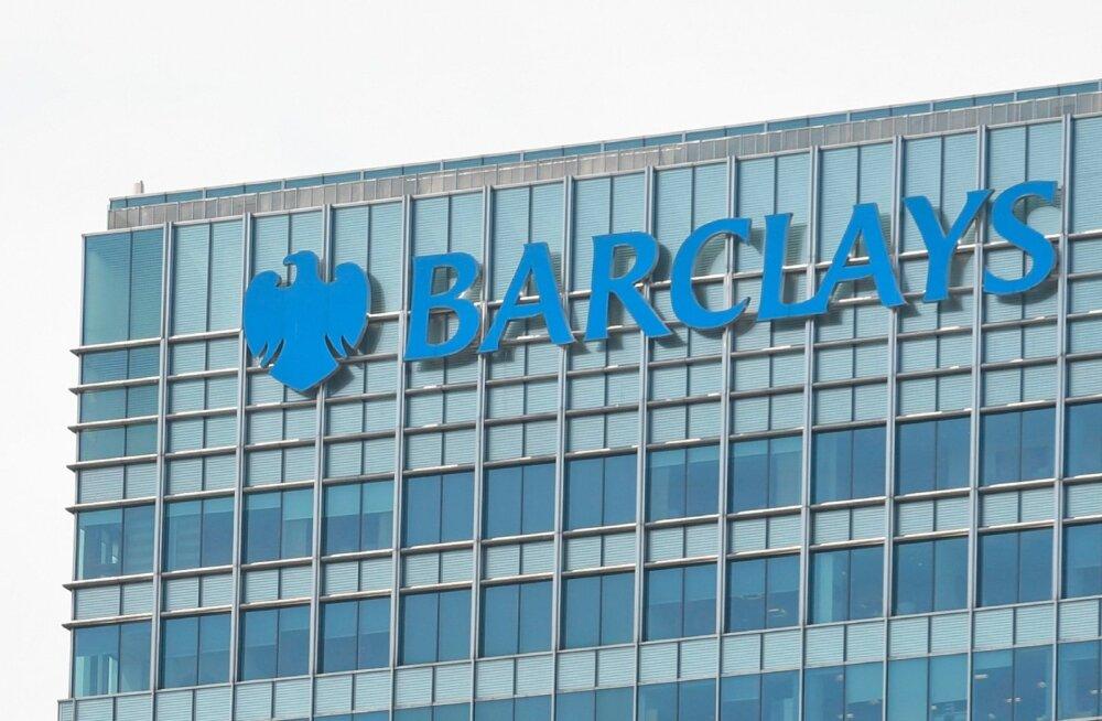 Barclays vaatab Brexitit ennetades Iirimaa poole