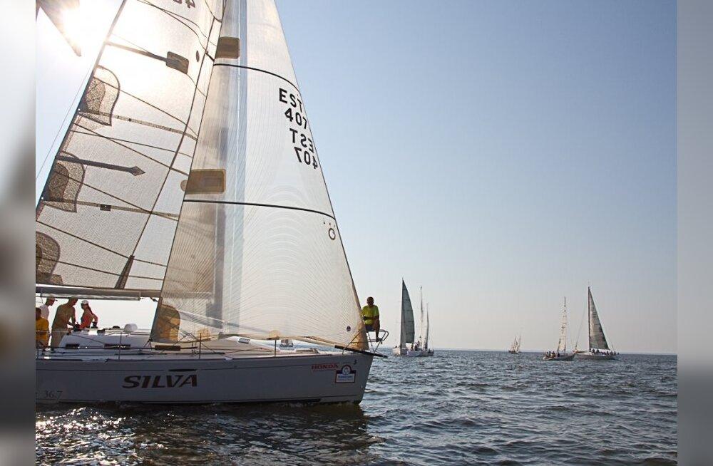 SUUR GALERII: vaata millised purjekad võistlevad Muhu Väina regatil!
