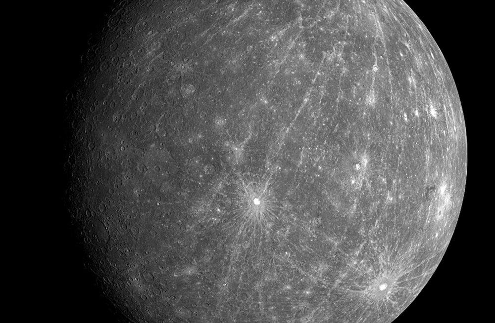 Merkuur meenutab Kuud.