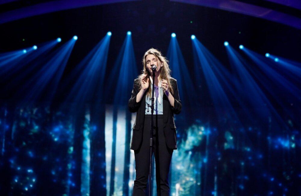 Portugali laulu esitas proovides laulja Salvador Sobrali õde Luisa, laulu autor.