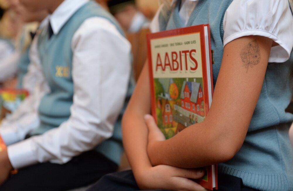 Õpilane: kool peaks algama hiljem kui kell kaheksa, praegune kord kurnab noori ja pärsib õppeedukust