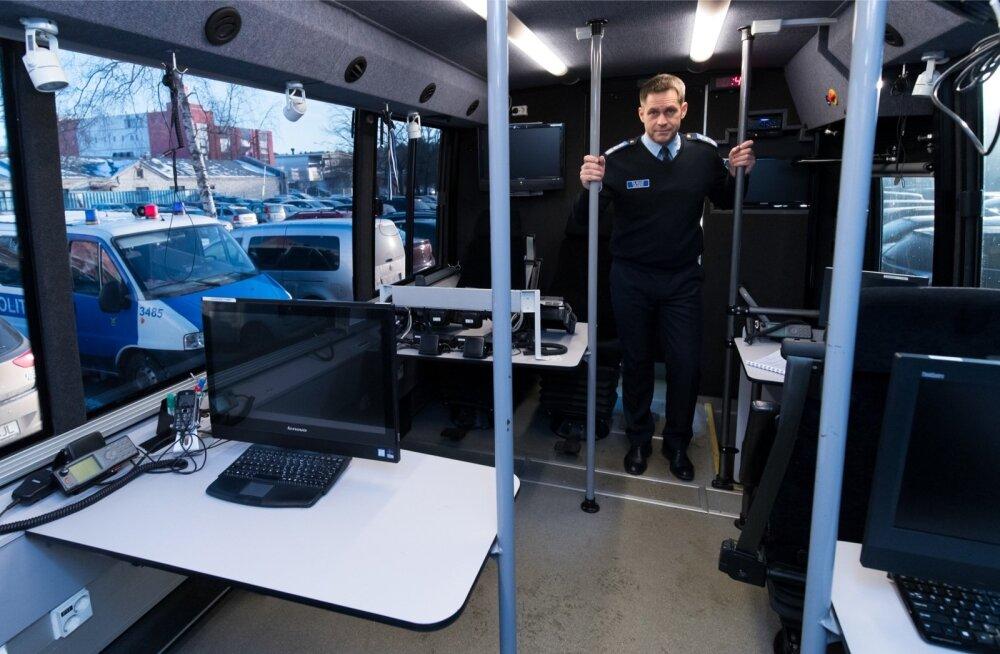 Elmar Vaheri sõnul oli kogu Euroopa Liidu nõukogu eesistumine suur kuue kuu pikkune operatsioon, mida korraldati sellest bussis paiknevast juhtimisstaabist.