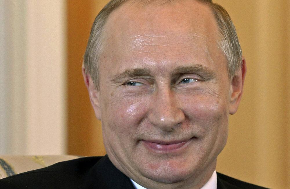 Рейтинг Путина перестал падать. Но недовольство россиян продолжает расти