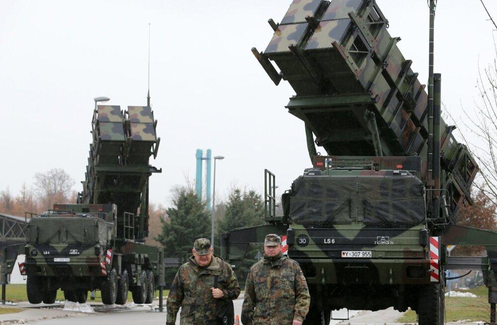USA päritolu raketisüsteemi Patriot ja selle variatsioone kasutavad NATO riikidest Saksamaa, Holland, Kreeka ja Hispaania.