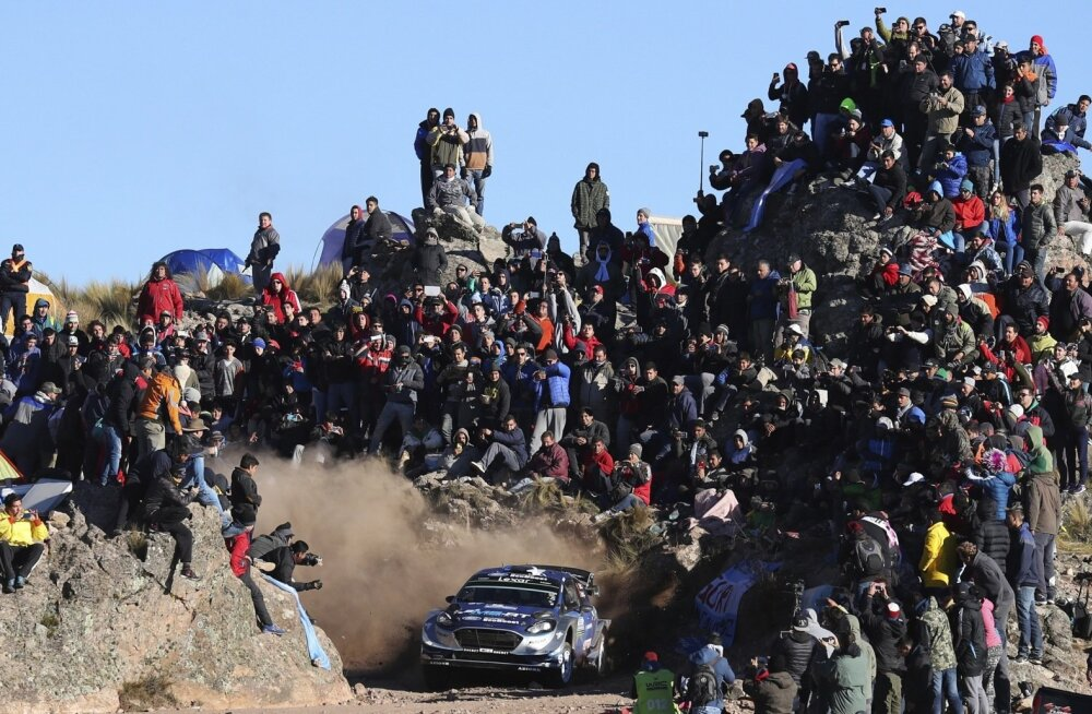 Ott Tänak ja Martin Järveoja kihutamas Argentina rallil El Condoris. Just see foto püüdis pilke, kui CNN-News 18 valis välja lõppeva aasta 20 parimat spordihetke.