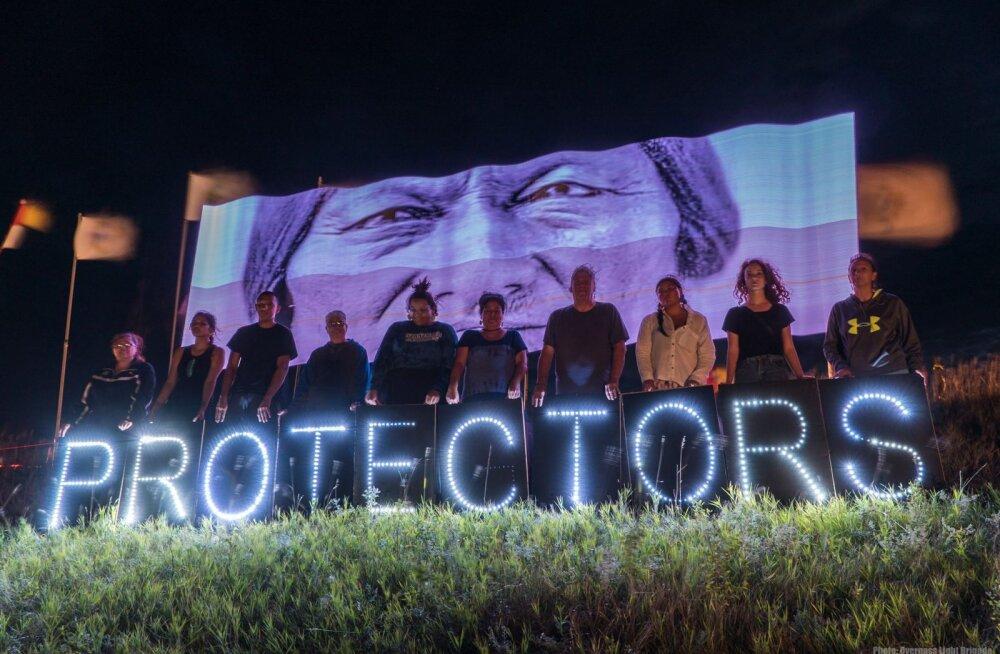 Tallinnas toimub rahumeelne meeleavaldus Põhja-Dakota naftajuhtme vastu olevate indiaanlaste toetuseks