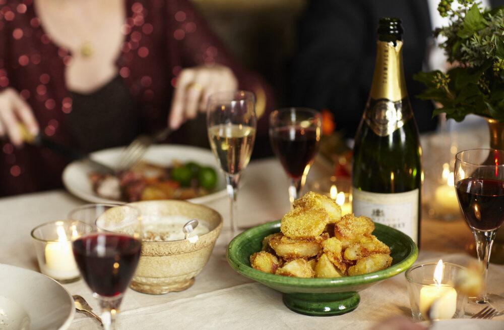 Как выжить за новогодним столом: инструкция