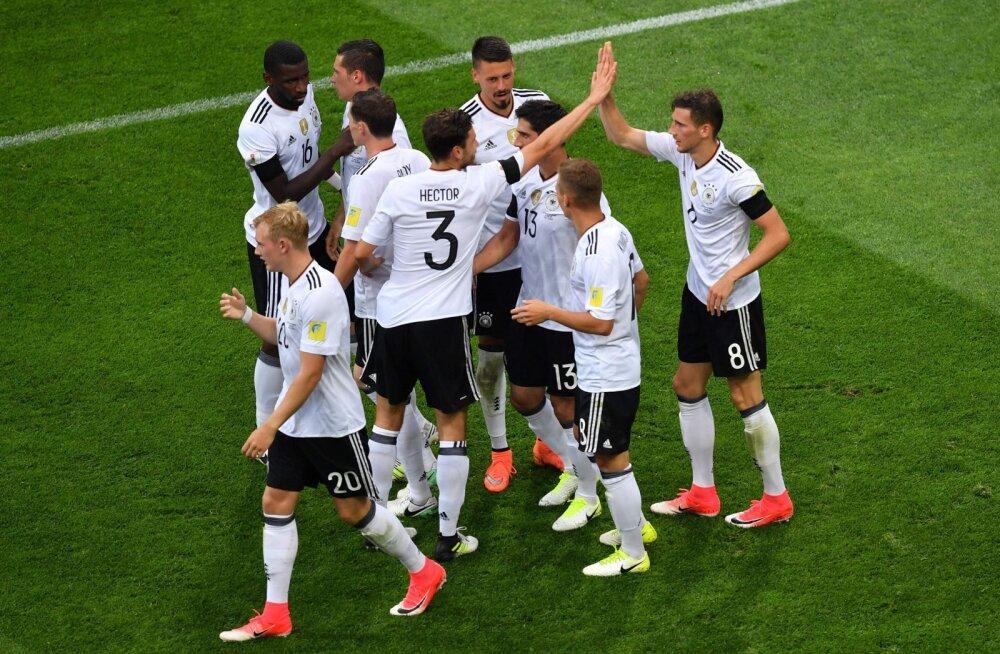 Saksamaa tähistab Leon Goretzka väravat