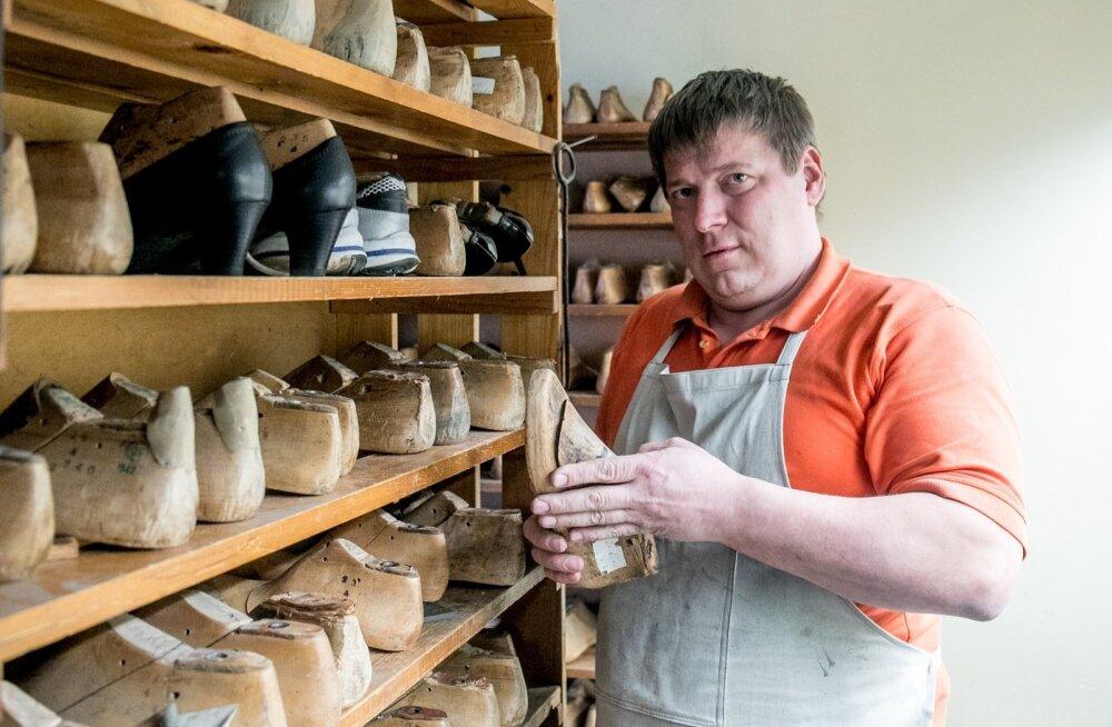 Kingsepp Rosenfeld usub, et nii tootjad kui ka enamik tarbijaid teavad hästi, et odav jalanõu polegi mõeldud pikalt kestma.