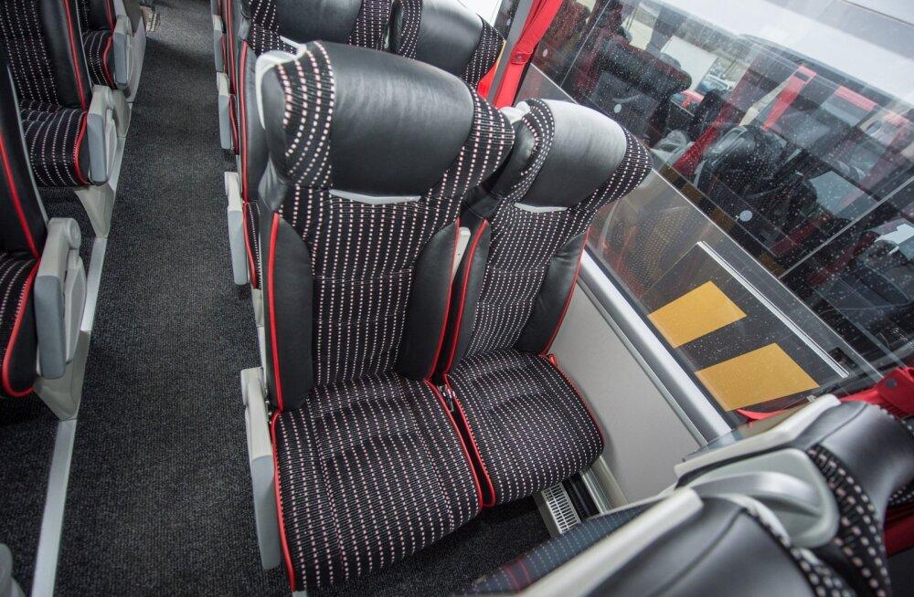 Читатель: размер ремня безопасности в автобусе имеет значение