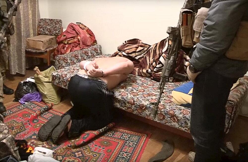 Inimõiguslased: Ukraina separatiste hoitakse valitsuse salavanglates