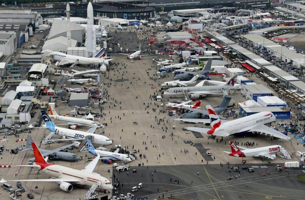 Vaade 2013. aasta lennundusnäitusele peaks andma pildi ürituse mastaabist.