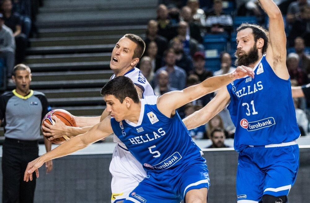 Eesti meeskond eesotsas kapten Rain Veidemaniga põrkus Kreeka tugeva kaitse vastu.