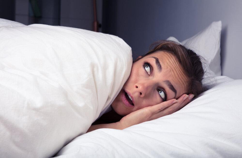8 самых распространенных ночных кошмаров: что они означают