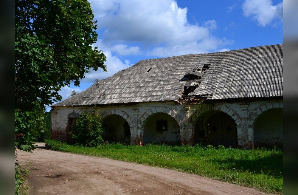 FOTOD: Unustatud Eestimaa paigad: kunagi suursugune Saare mõis