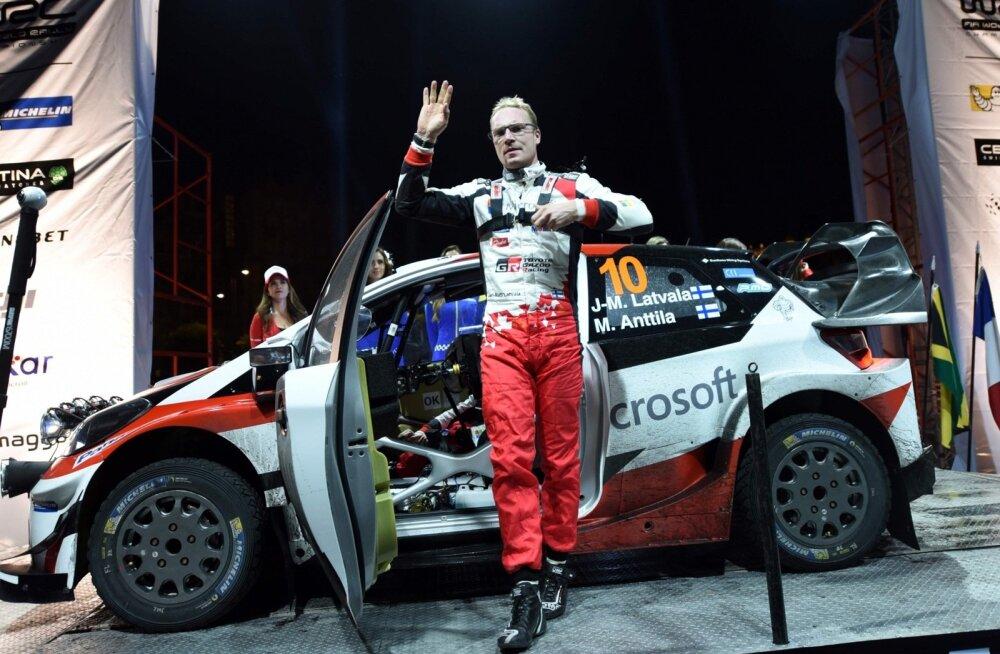 Jari-Matti Latvala loodab tõrjuda Ott Tänaku rünnakud ja säilitada Toyotas esinumbri positsioon.