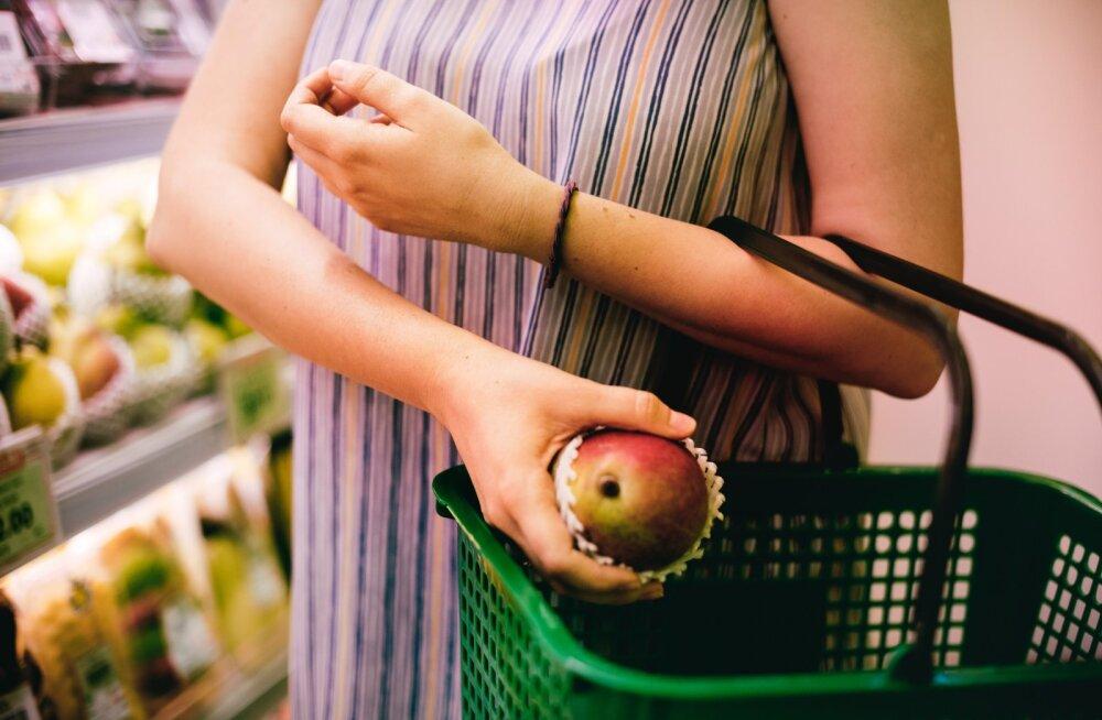 Вши, туберкулез, грибок: болезни, которые ждут вас в магазинах и на рынках