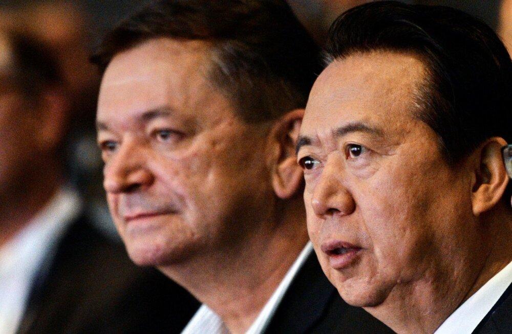 Interpoli Euroopa regiooni asepresidendist Aleksandr Prokoptšukist (vasakul) võib täna saada Interpoli kaduma läinud juhi Meng Hongwei (paremal) asemik.