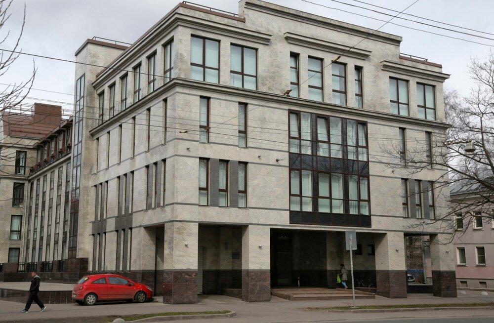 Vene internetitrollidest kirjutanud Soome ajakirjanik: mulle sooviti surma uraanimürgitusse
