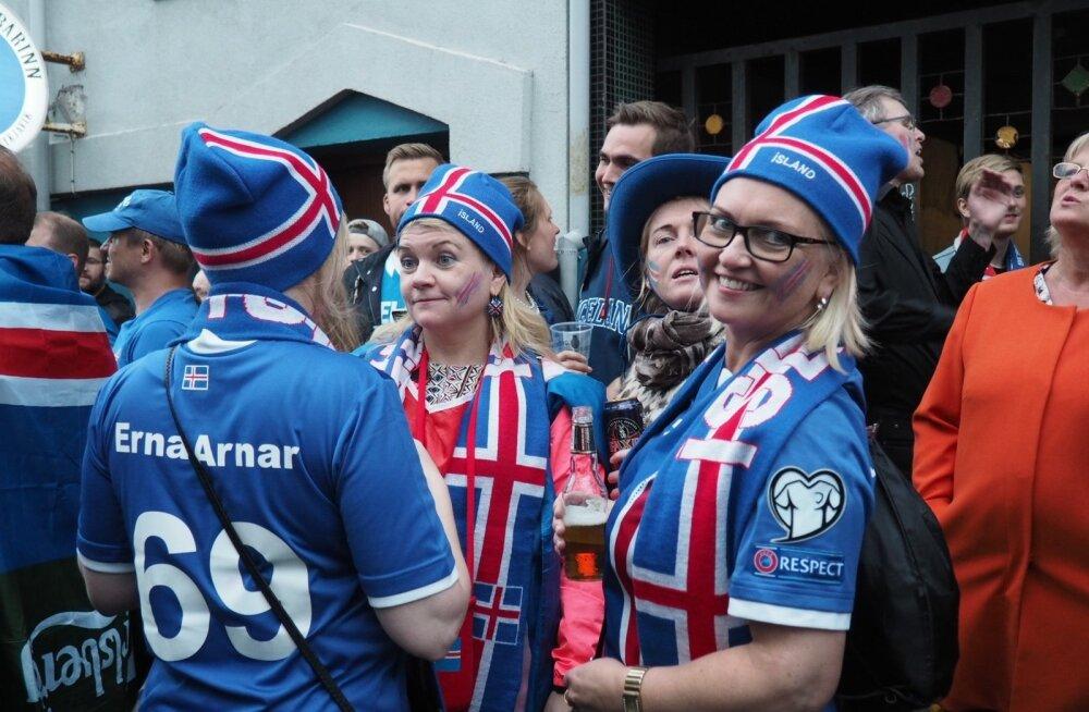 Islandi jalkafännid