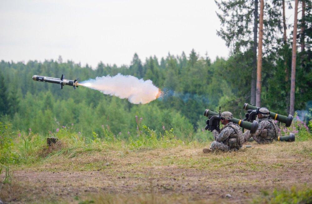 Tankitõrje raketisüsteemi Javelin soetamiseks sõlmis Eesti USA-ga lepingu 2014. aastal. See oli üks oluline samm kaitseväe kaitsevõime arendamiseks.