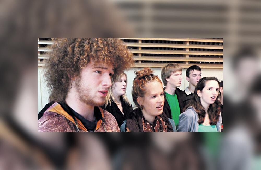 LOE TÄISMAHUS: Ä-täht ajas Šveitsi laulupeokoori higistama