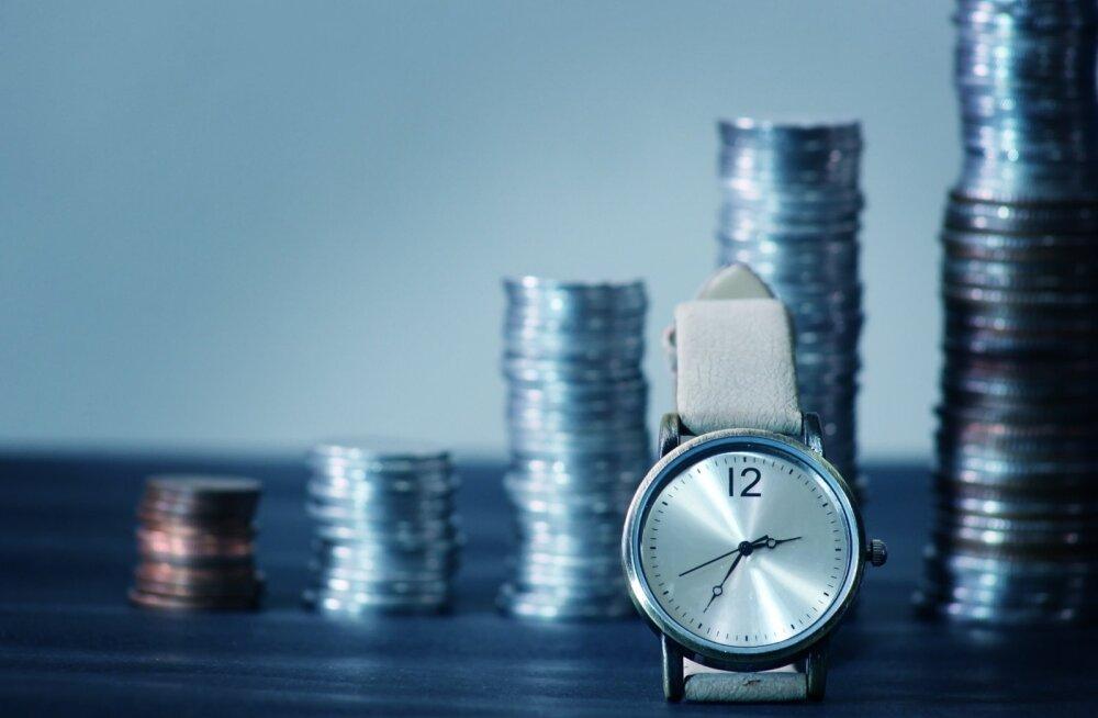 Reasta oma laenud kas intressi või laenusumma järgi ja maksa need järjest tagasi.