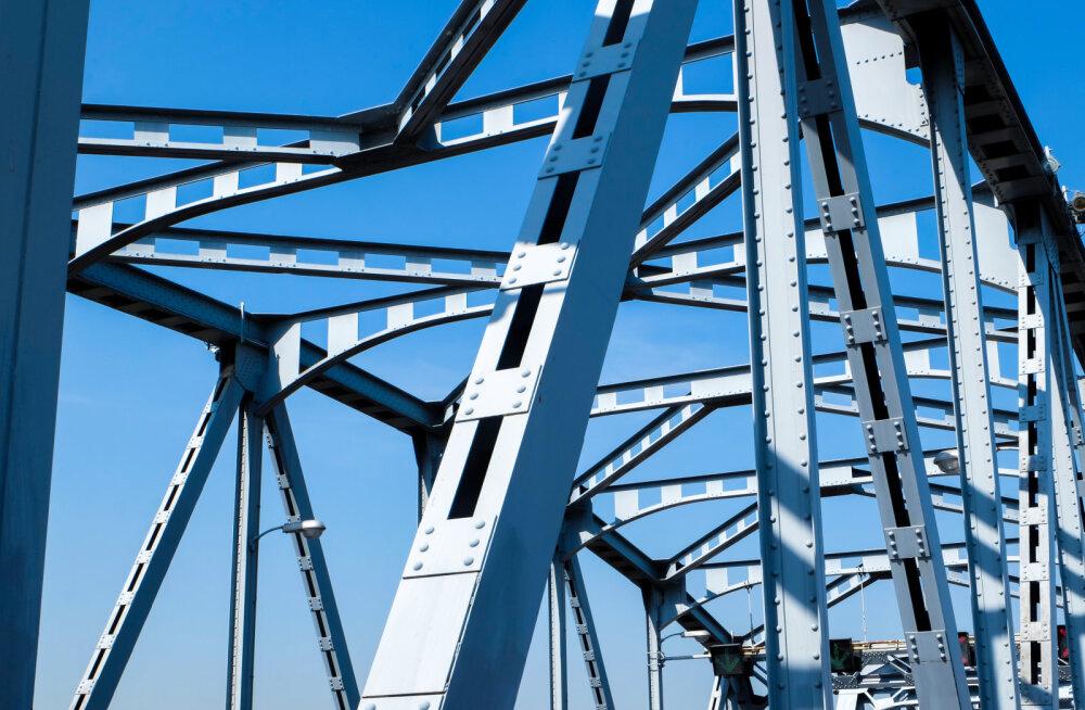 Tehnikaülikoolis võisteldakse 5-meetriste terasest sildade projekteerimises ja ehitamises
