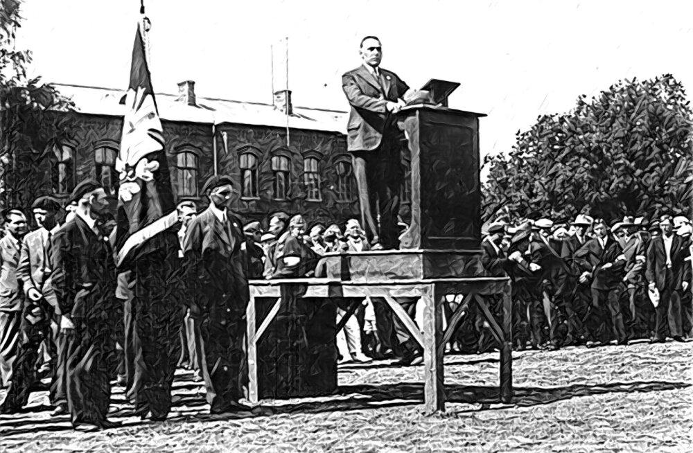 Vabadussõjalaste juht Artur Sirk Pärnus kõnet pidamas.