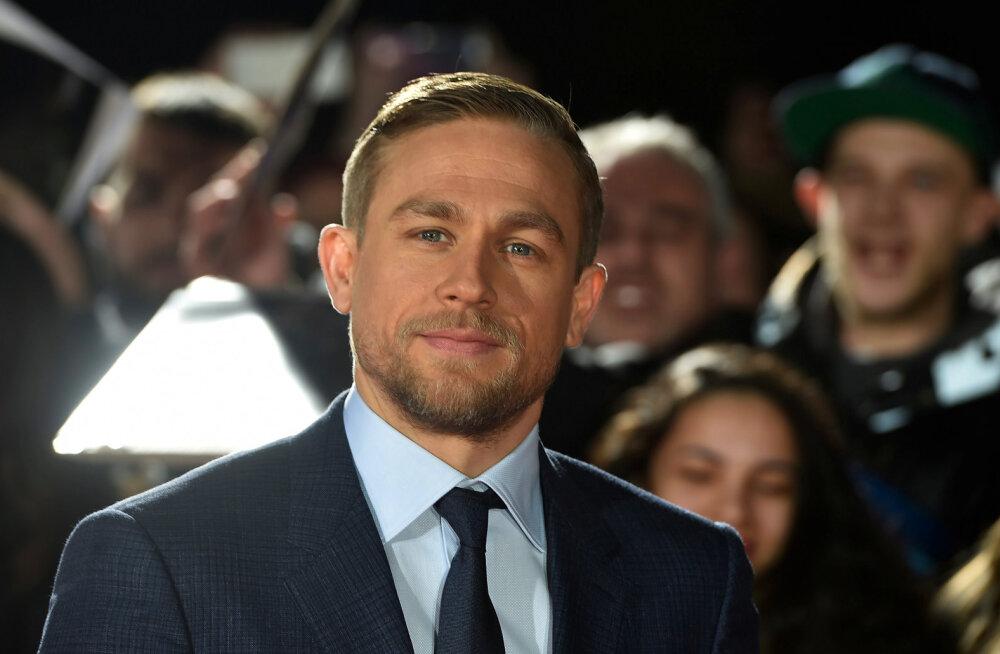 """Hittfilmi """"50 halli varjundit"""" peaosast loobunud Hollywoodi kuvatäkk paljastab: ma vihkan teiste näitlejate suudlemist"""