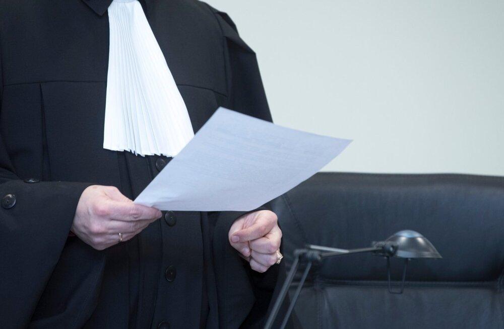 В Нарве отстранили от должности судью, которая оскорбила женщину, разводившуюся с мусульманином