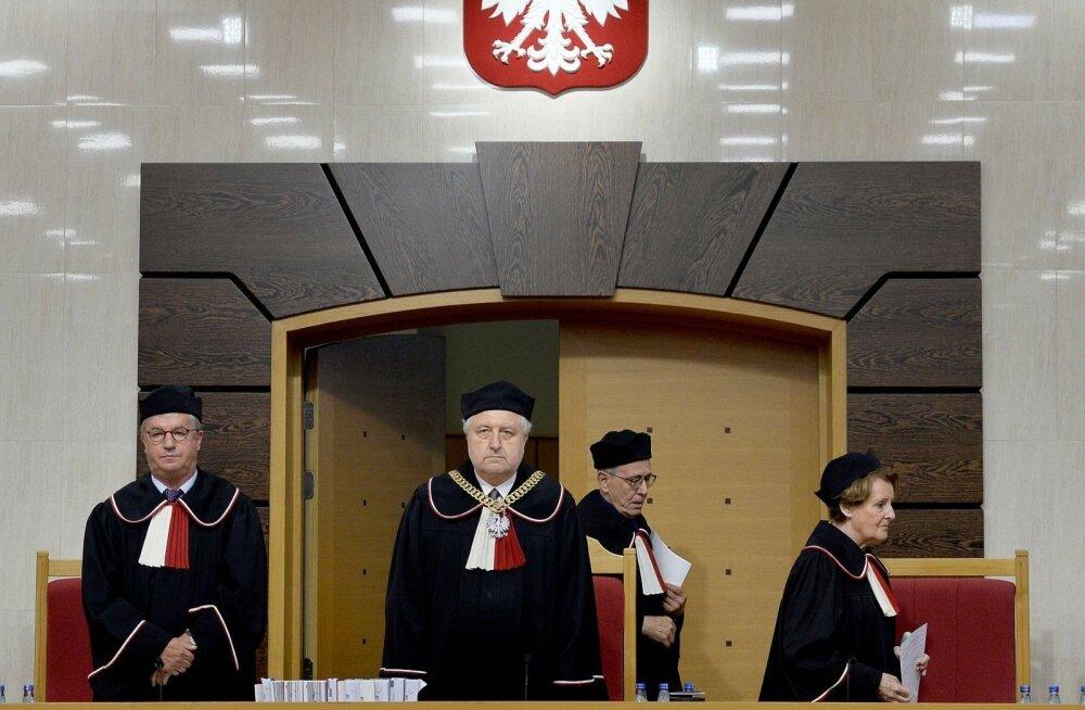 Еврокомиссия подает на Польшу в Европейский суд