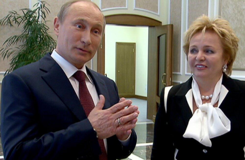 Putinid teatasid oma lahutusest otse telekaamerate ees.