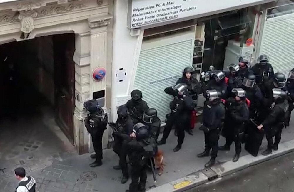 Pantvangidraama Pariisis: ründaja valas ohvrid bensiiniga üle