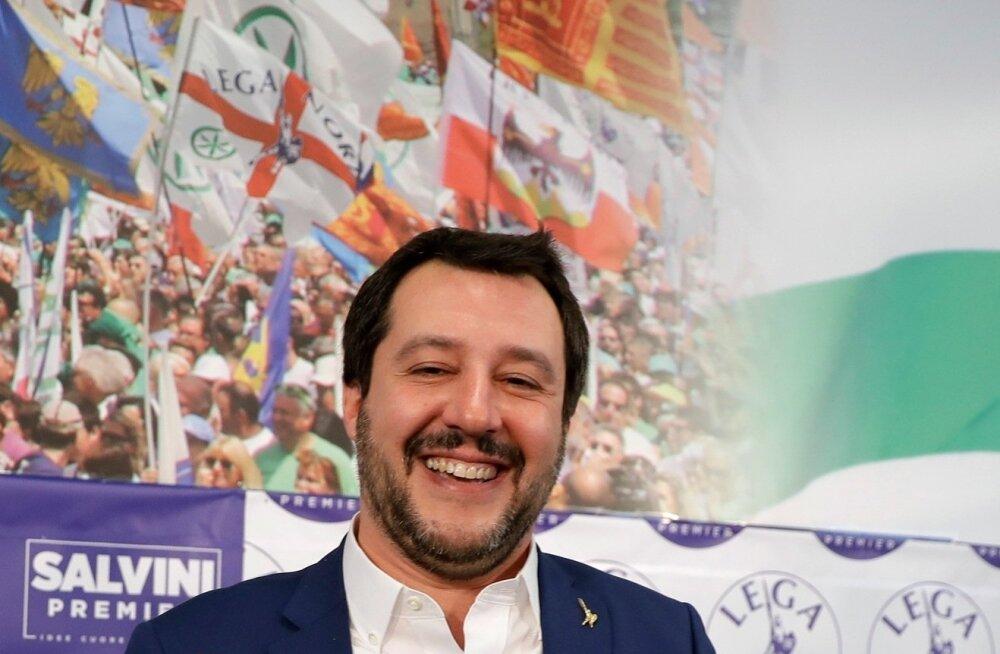 Valimistel edukalt esinenud Põhjaliiga juht Matteo Salvini loodab endiselt Berlusconiga sõlmitud kokkulepetele.