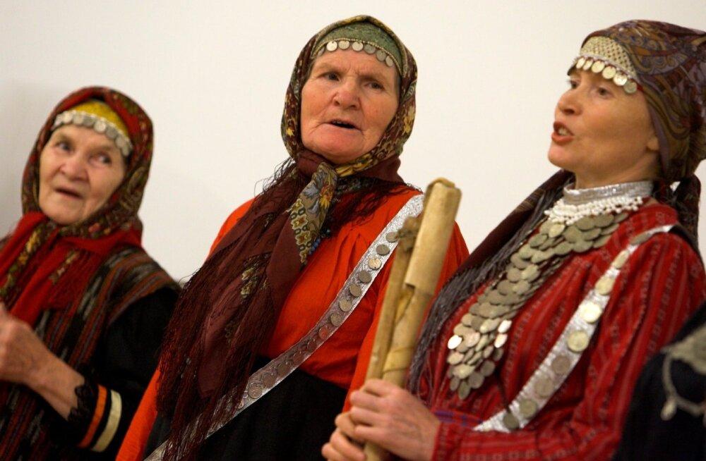 soomeugri hõimupäevad, folkloor