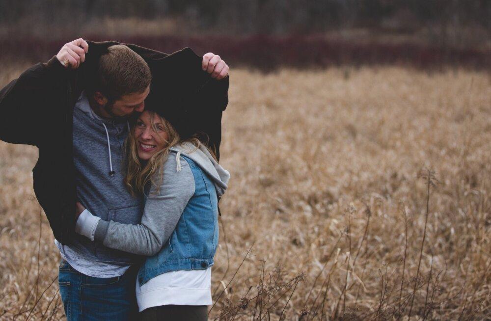 10 viisi, kuidas negatiivsust oma suhtest eemal hoida